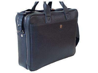 Seitenansicht einer gekederten Businesstasche